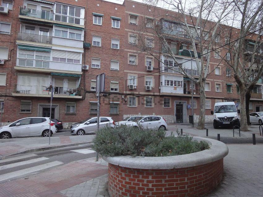 Piso en CANGAS DE ONIS, Simancas, Madrid
