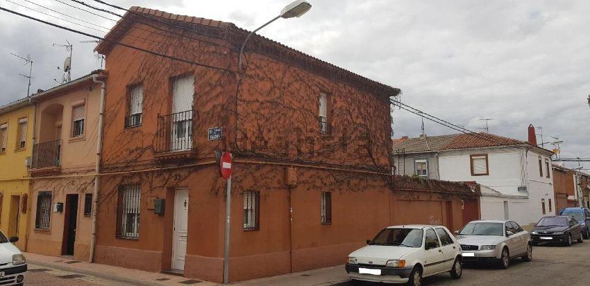 Chalet en calle Valoria, Belén - Pilarica - Bº España, Valladolid