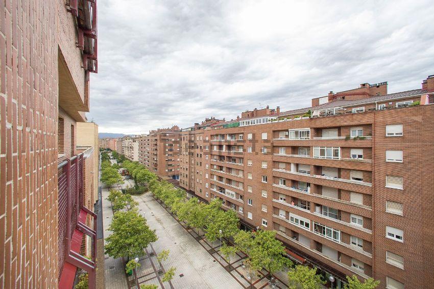 Piso en calle Irunlarrea, 59, Mendebaldea, Pamplona Iruña