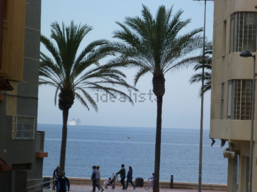 Piso en avenida de Cabo de Gata, 141, Zapillo, Almería