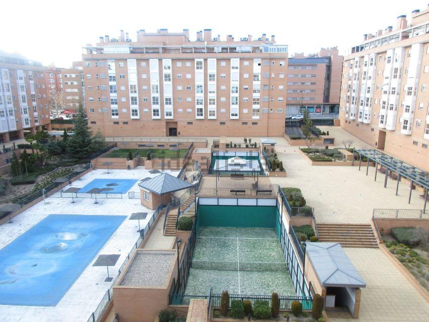 Piso en Los Morales, Pau de Carabanchel, Madrid