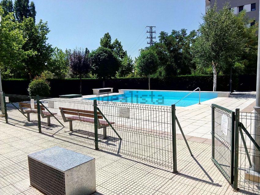 Piso en calle Sierra de Gredos, 1, Hospital Nuevo, Valladolid