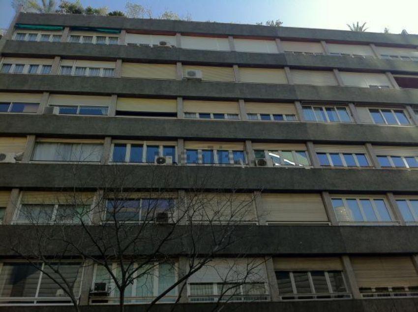 Piso fachada barcelona idealista labs - Idealista compartir piso barcelona ...