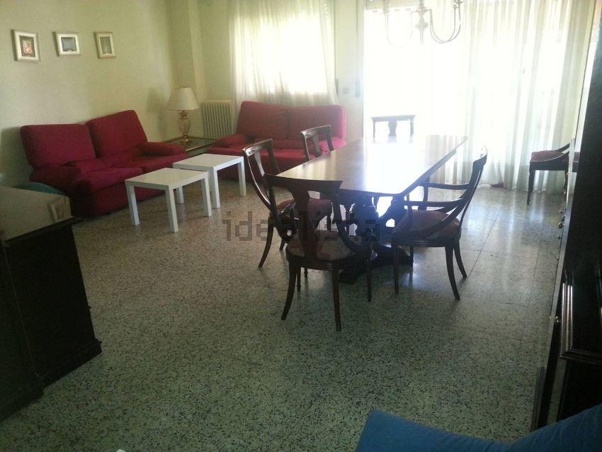 Muebles segunda mano lleida amazing sillas with muebles segunda mano lleida armario with - Muebles de segunda mano en almeria ...