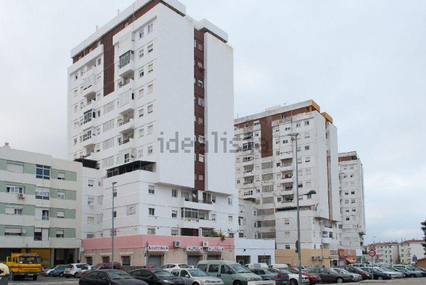 Piso en calle Federico García Lorca, s n, Los Pescadores - Saladillo, Algeciras