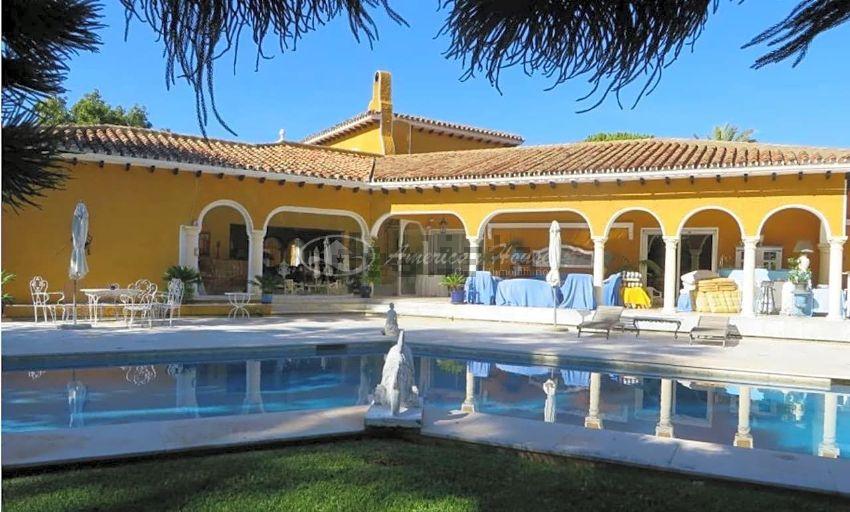 Chalet en Linda Vista-Nueva Alcántara-Cortijo Blanco, Marbella