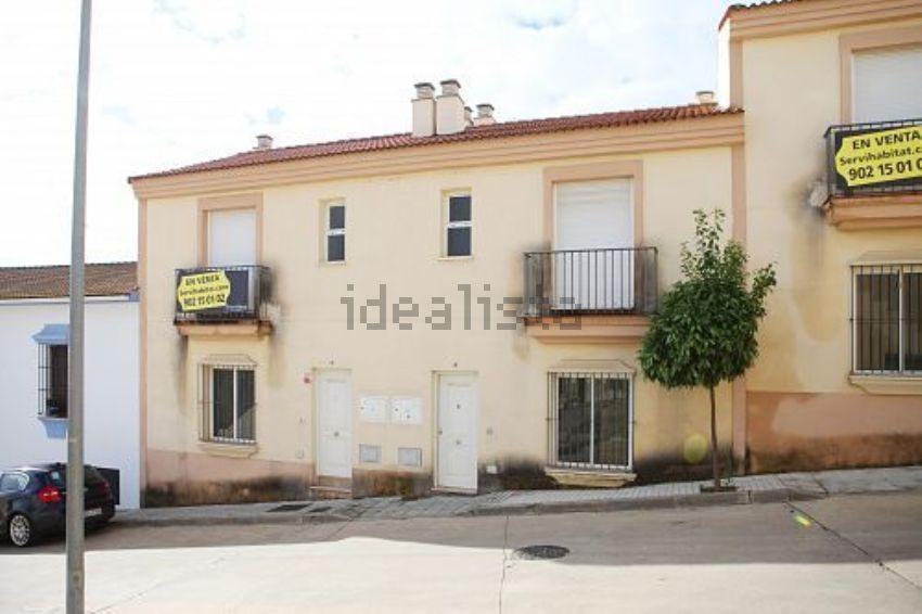 Chalet adosado en calle riscos del tintor, Valverde del Camino