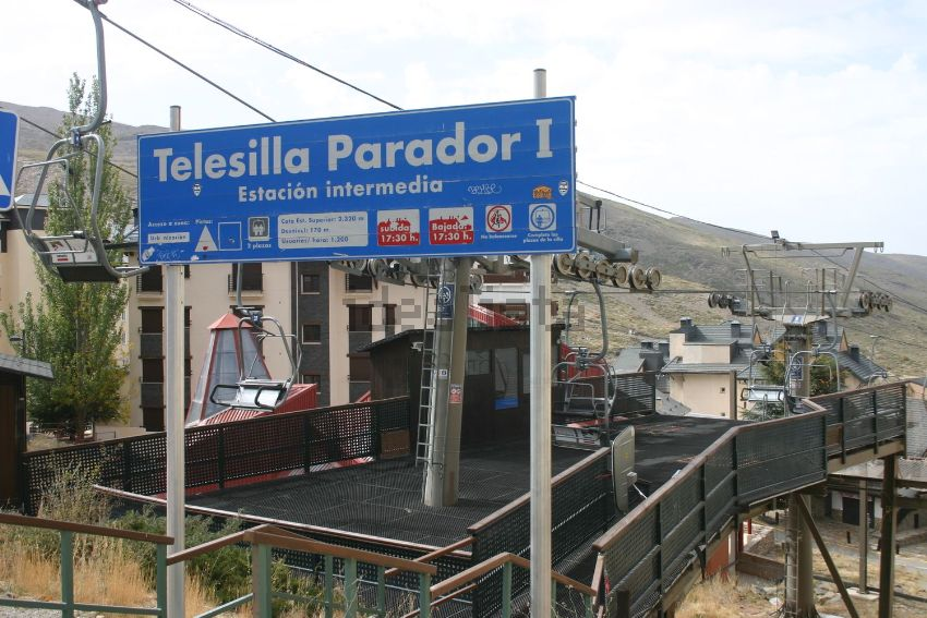 Piso en calle Virgen de las Nieves, 16, Monachil