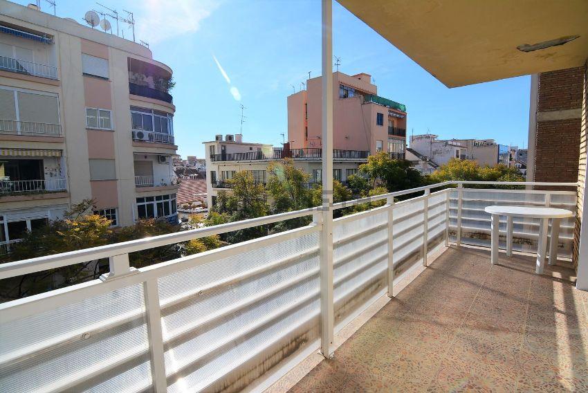 Piso en avenida Condes de San Isidro, Zona Puerto Deportivo, Fuengirola
