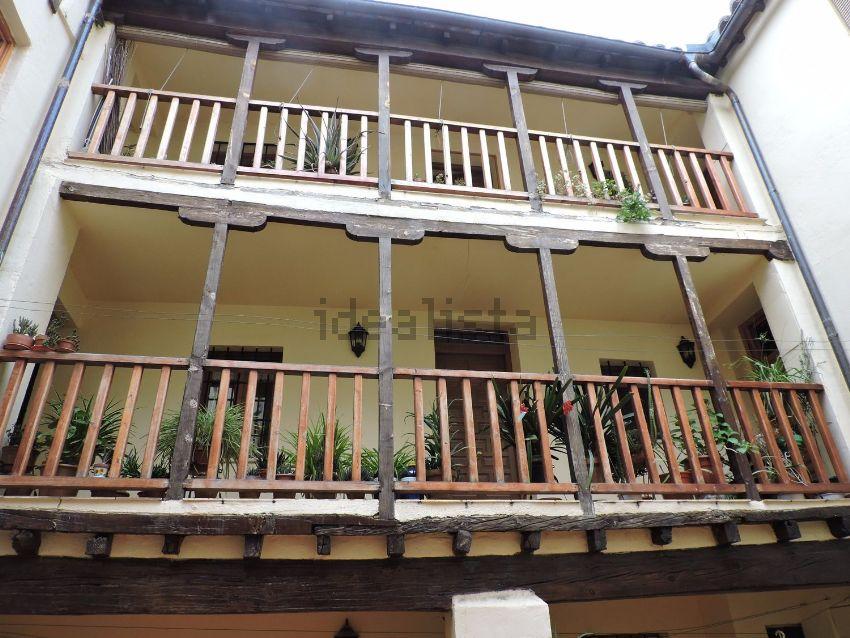 Piso en calle San Juan de la Penitencia, Casco Histórico, Toledo