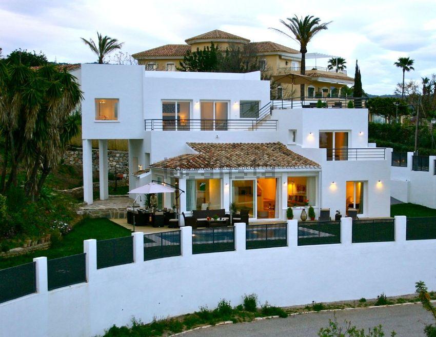 Casa o chalet independiente en avenida los Pinos, El Rosario-Ricmar, Marbella