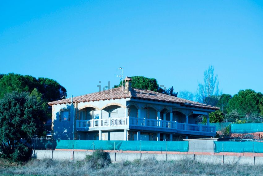 Casa o chalet independiente en calle Manises, Méntrida