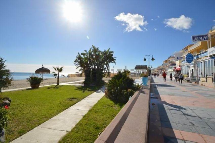 Piso en calle Francia, s n, La Carihuela - Los Nidos, Torremolinos