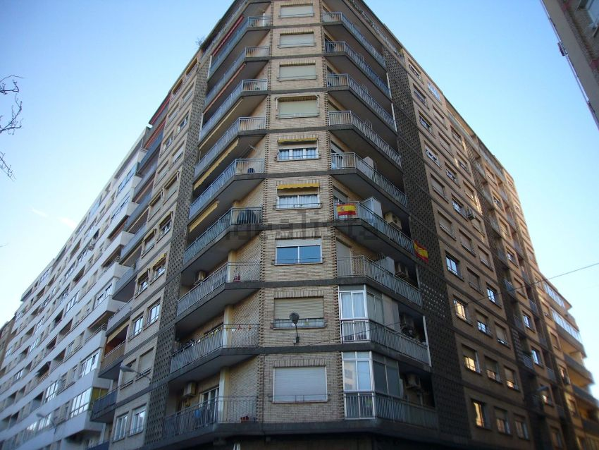 Piso en MANUEL LASALA, 8, Universidad San Francisco, Zaragoza