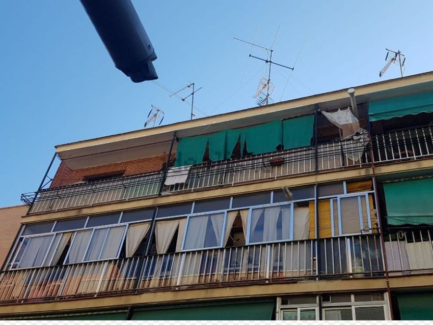 Piso en calle Olvido, Almendrales, Madrid