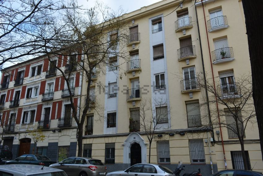 Piso en calle de Gutenberg, Pacífico, Madrid