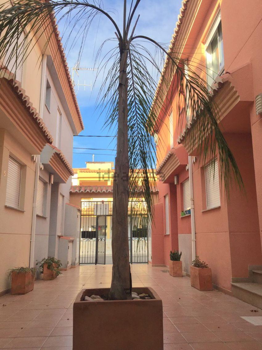 Chalet adosado en LLARG, Almenara