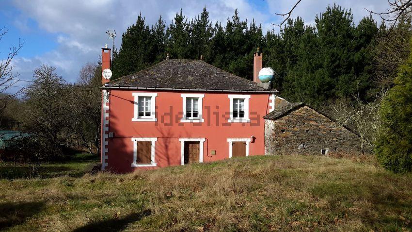 Casa rural en Lugar Campo de Arriba, Begonte