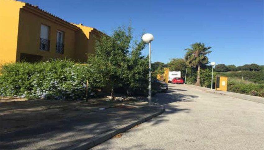 Chalet adosado en calle altamira, San Enrique-Guadiaro-Pueblo Nuevo, Sotogrande