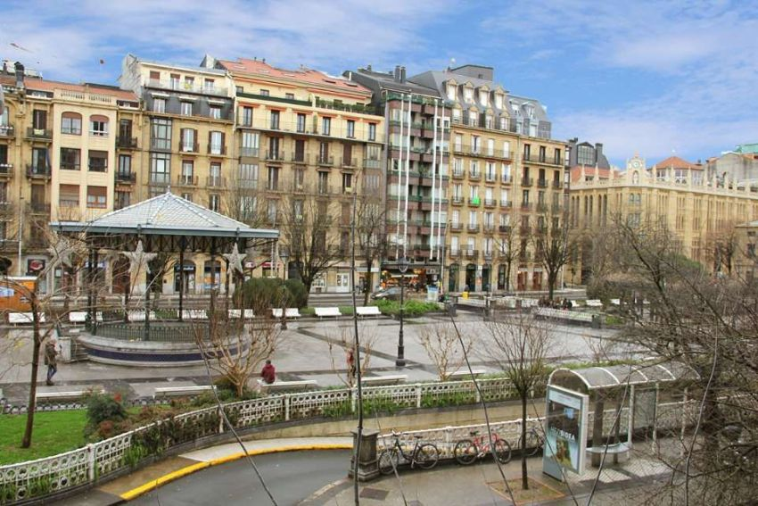 Piso en calle autonomia, Amara Zaharra-Arbaizenea, Donostia-San Sebastián