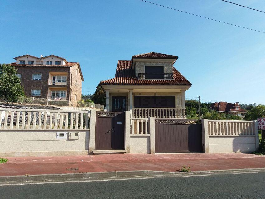 Casa o chalet independiente en calle Vilar, 4, O Carril - Bamio, Vilagarcía de A