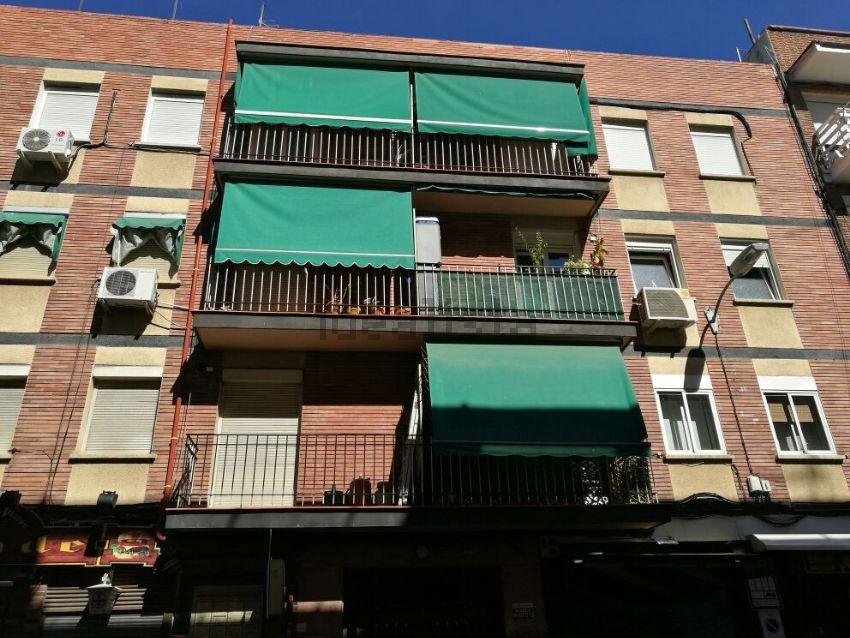 Piso en calle De Virgen De Lluc, Quintana, Madrid