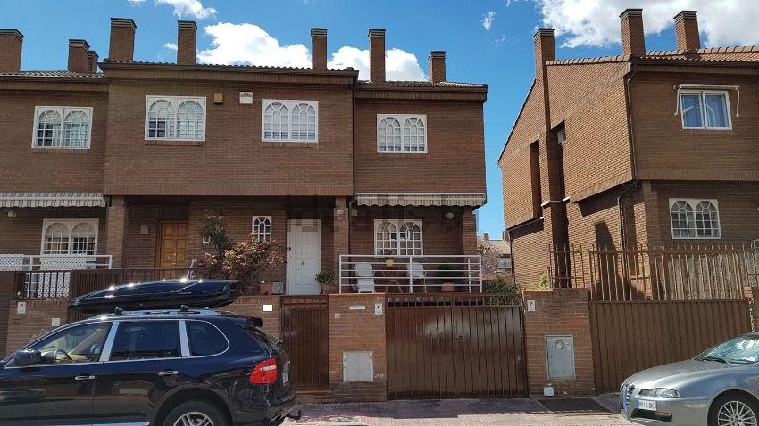 Chalet adosado en calle Valdilecha, 15, Chorrillo, Alcalá de Henares