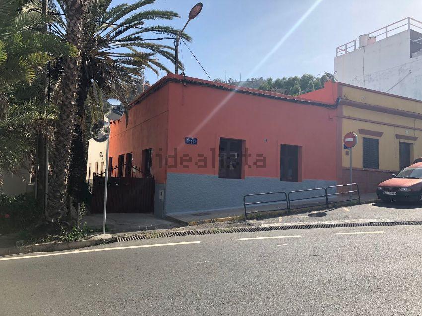 Chalet adosado en calle Acacia, 1, Los Castillos-Los Portales-Visvique, Arucas