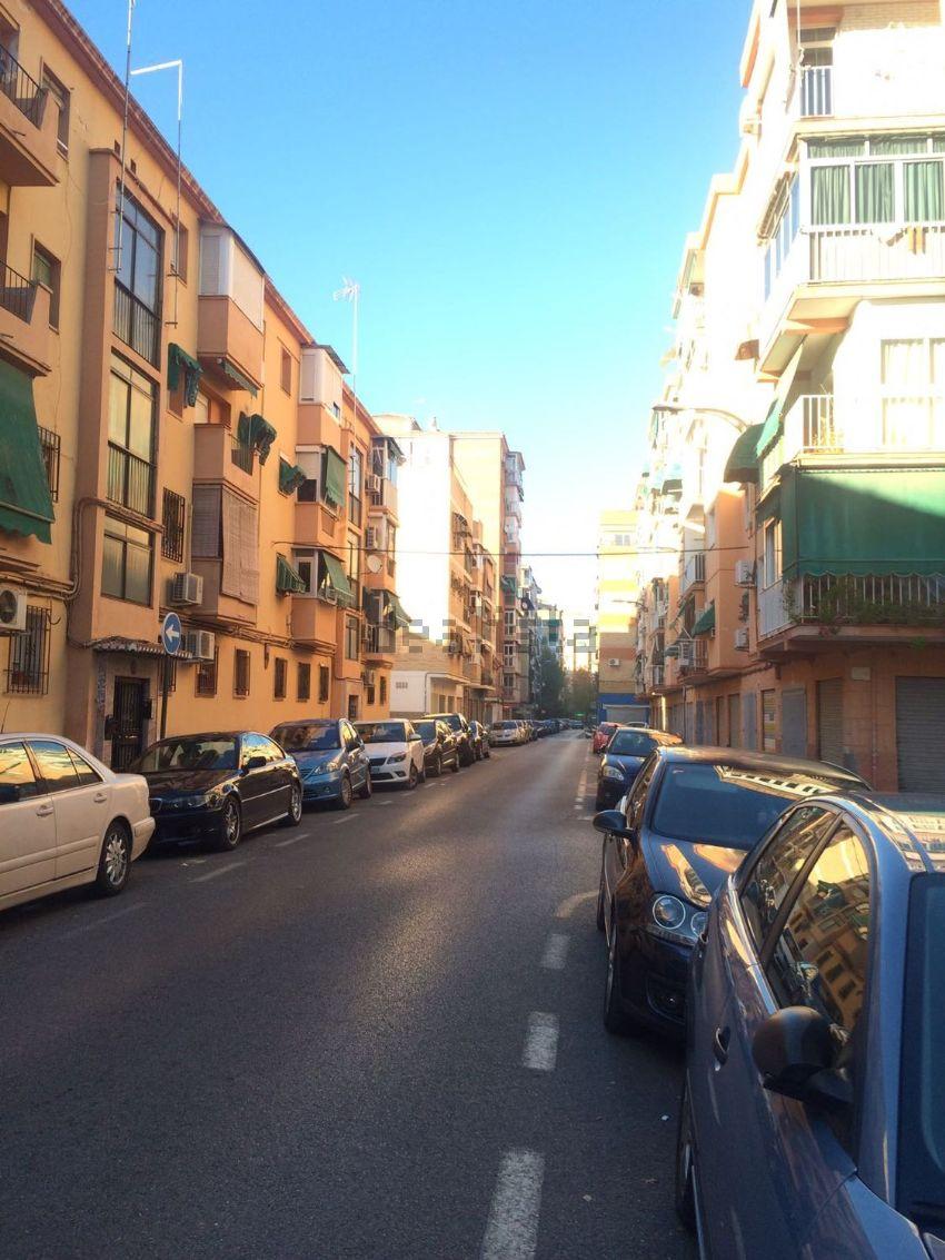 Piso en calle Bernarda Alba, 15, Zaidín, Granada