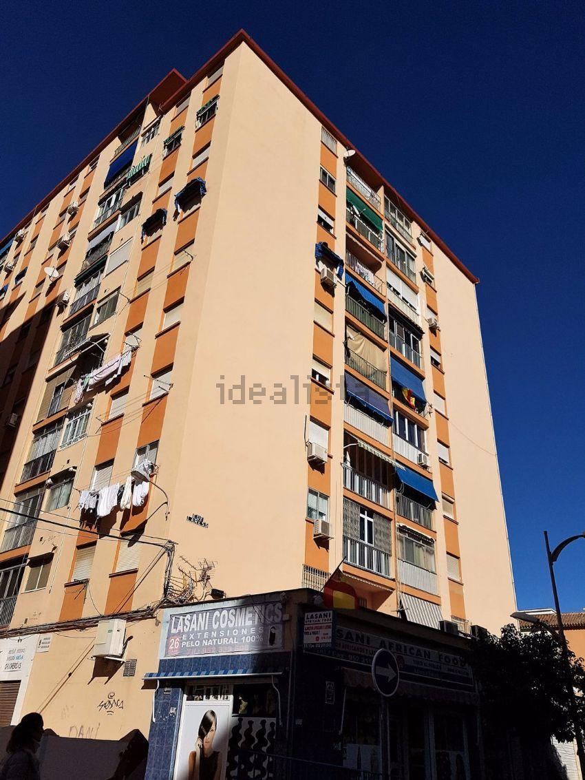 Piso en calle Juan Antonio Delgado Lopez, Cruz del Humilladero - Los Tilos, Mála