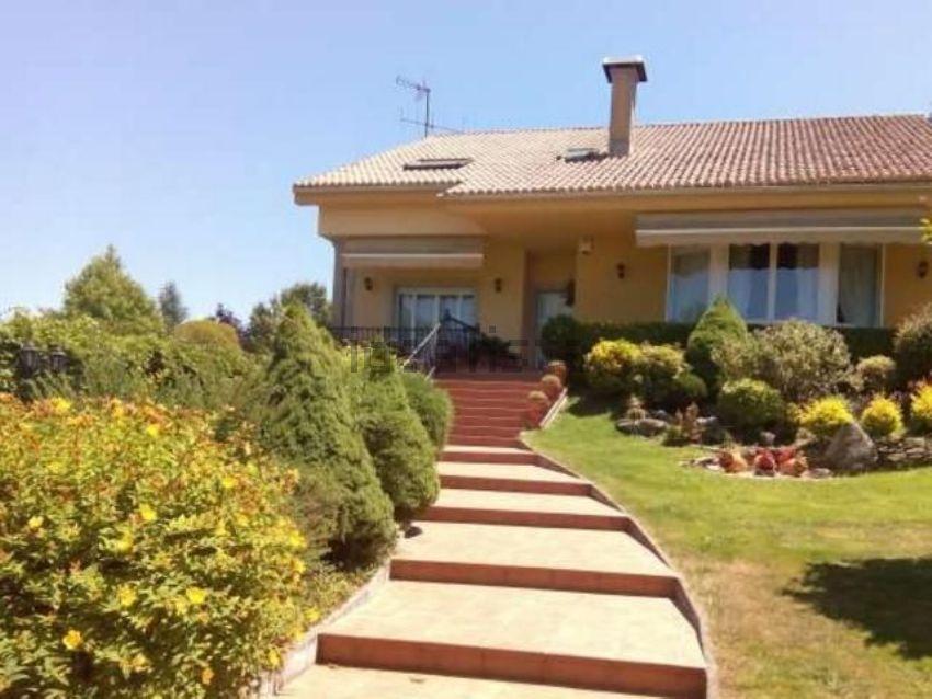 Casa rústica en Teo