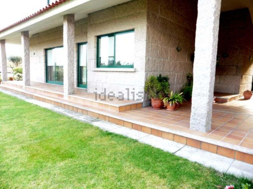 Casa o chalet independiente en calle carballal, Bembrive