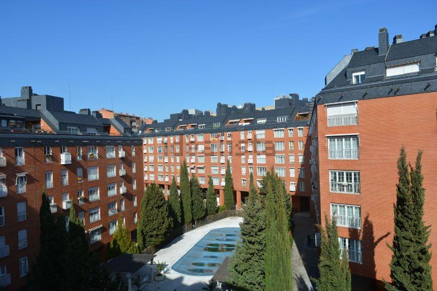 Piso en paseo de los Olmos, Acacias, Madrid