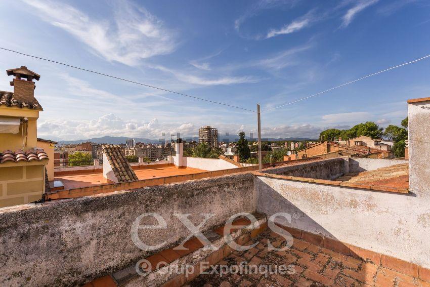 Chalet adosado en Barri Vell, Girona