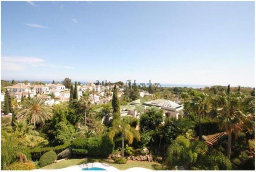 Dúplex en plaza Sevilla, 10, Lomas de Marbella Club-Puente Romano, Marbella