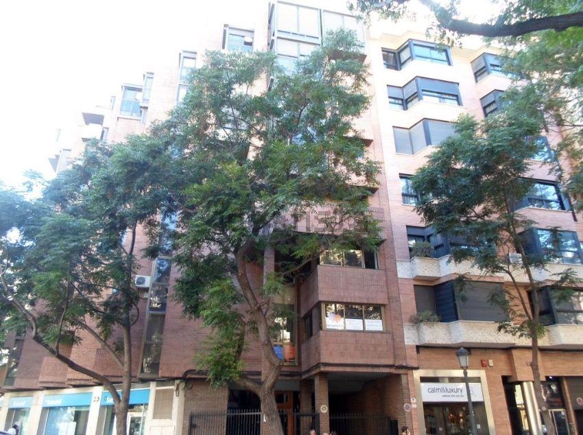 Piso en calle de Joan Llorenç, 44, La Petxina, València