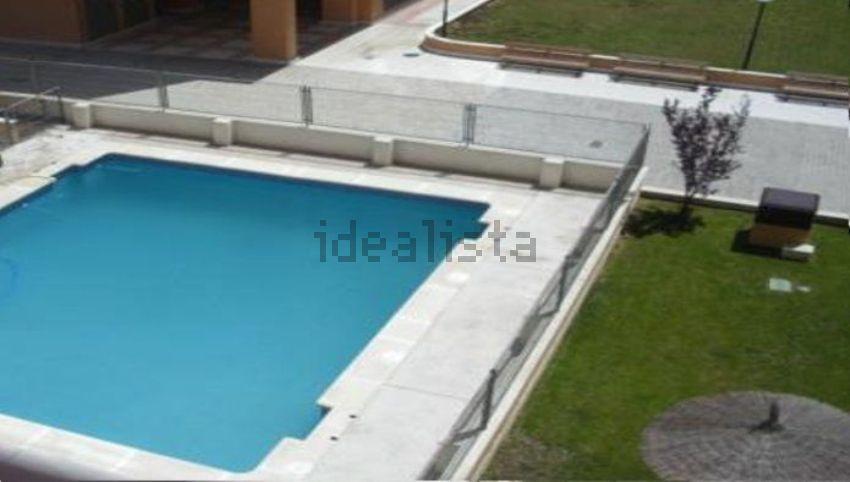 Las viviendas nuevas con piscina m s baratas en capitales for Piso 97 radio provincia