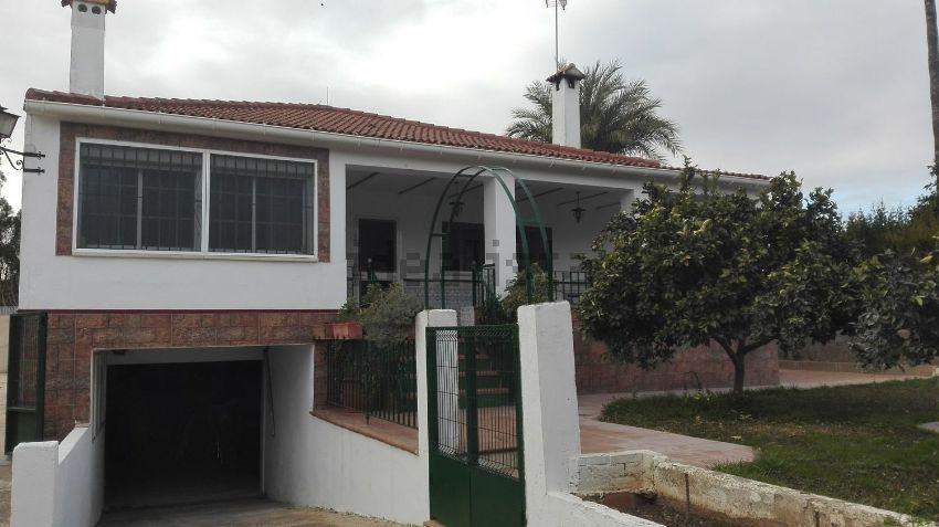 Casa o chalet independiente en Federico echaguy, 1, Entrenúcleos, Dos Hermanas