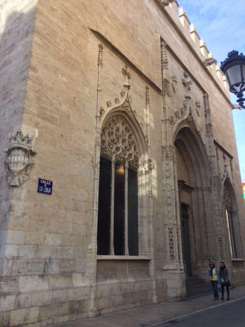 Piso en calle de la Sénia, El Mercat, València