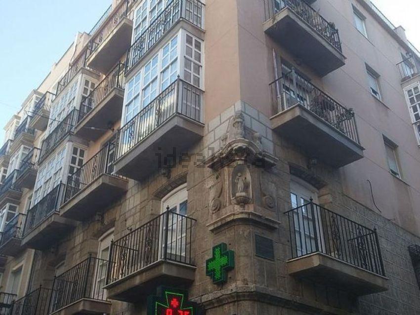 Piso en plaza san ginés, Casco Antiguo, Cartagena