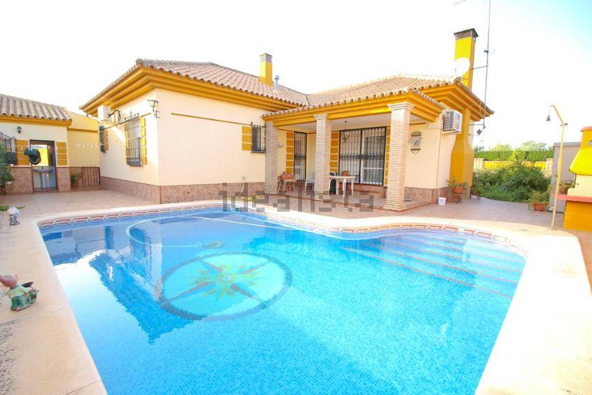Casa o chalet independiente en venta en avenida Condes de Ibarra ...