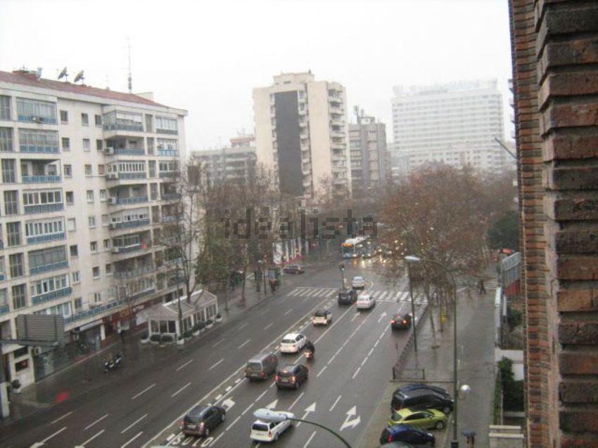 Piso en avenida de Alberto de Alcocer, 41, Nueva España, Madrid