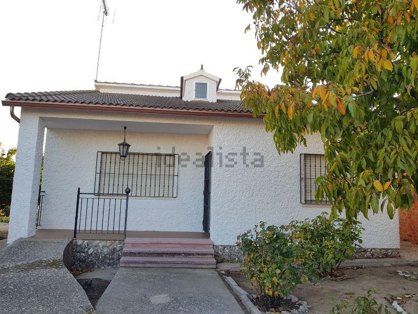 Casa o chalet independiente en calle Mijail Gorbachov, Serrada, Serrada
