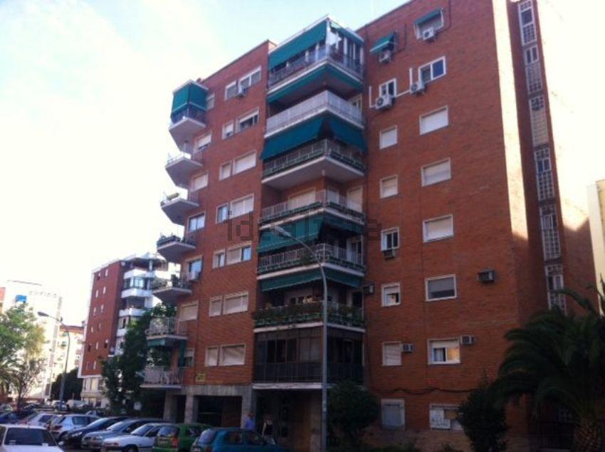 Piso en calle Díaz Brito, Santa Marina - La Paz, Badajoz