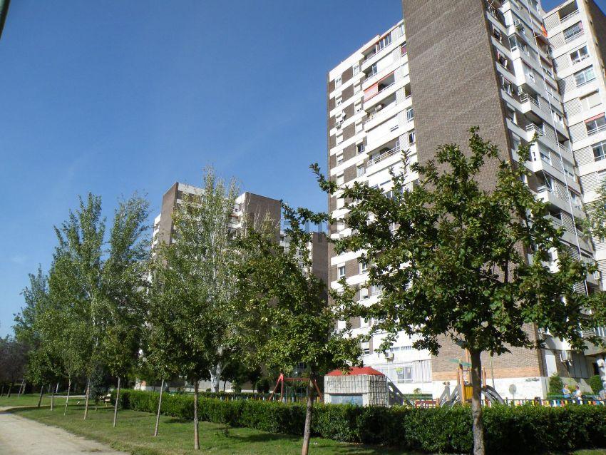 Piso en avenida el Ferrol, Pilar, Madrid