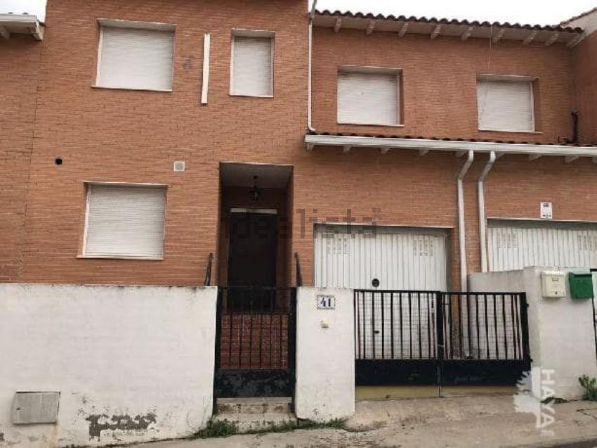 Chalet adosado en calle Sierra de Albarracin, 41, Yeles