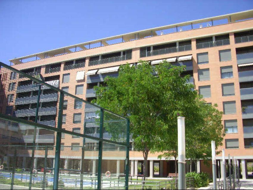 Los mejores pisos con piscina en alquiler idealista news for Piso alquiler zaragoza