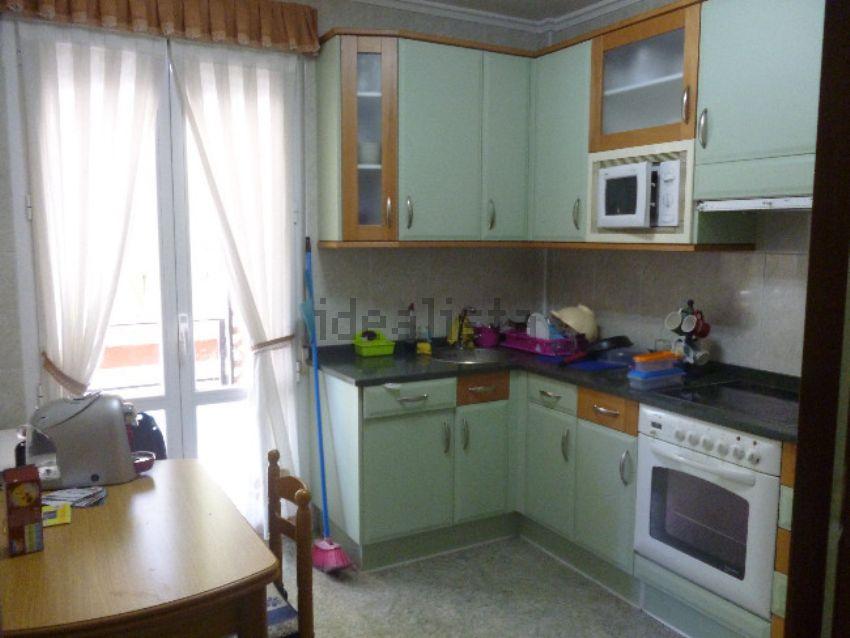Piso en calle Zumaquera Ibilbidea, 16, Adurtza - Aretxabaleta, Vitoria-Gasteiz