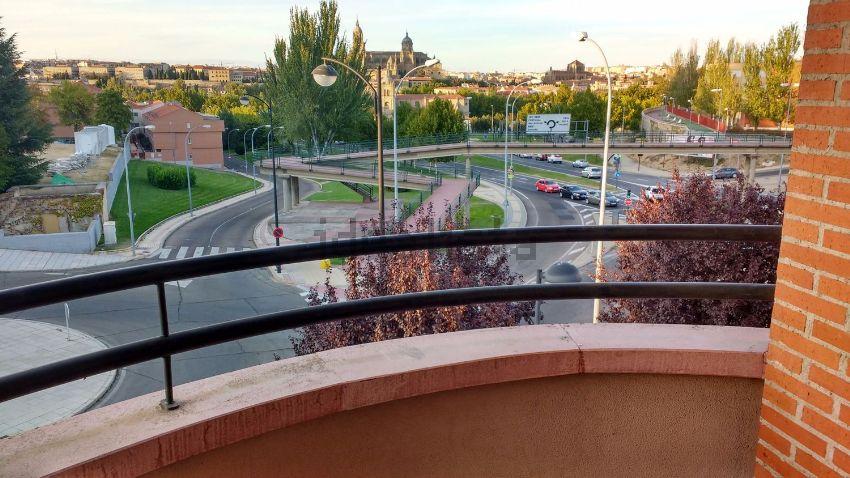 Piso en calle Pico de Maladeta, 1, San José - Parador - Zurguen, Salamanca