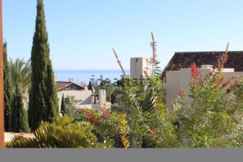 Dúplex en calle Calle Albinoni, 3, Sierra Blanca, Marbella